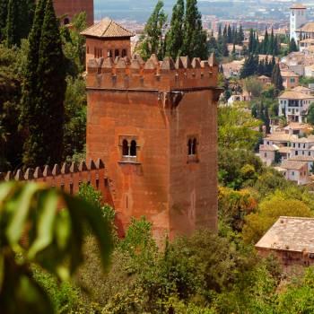 Besuch der Alhambra am Morgen
